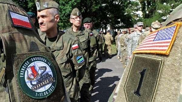 Польские и американские военные во время учений в Польше. Архивное фото
