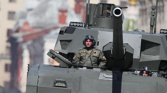Танк Т-14 «Армата» после доработки вышел в серийное производство