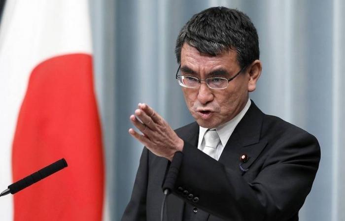 МИД Японии повязывает мирный договор с Россией с военной компенсацией