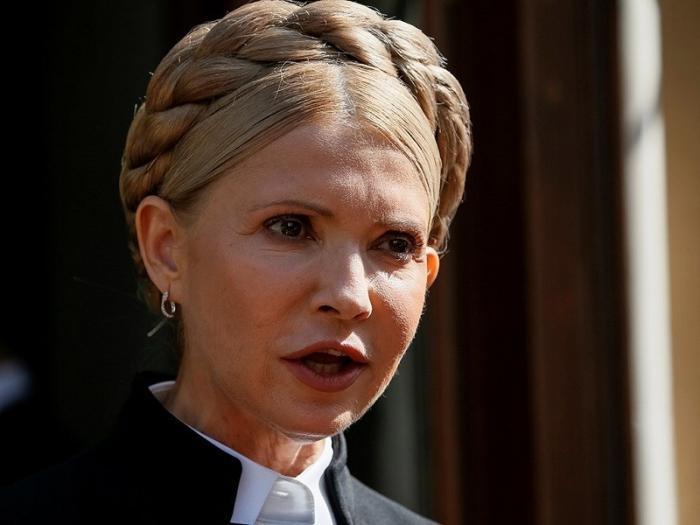 У Тимошенко уже старческий маразм, а она в президенты метит