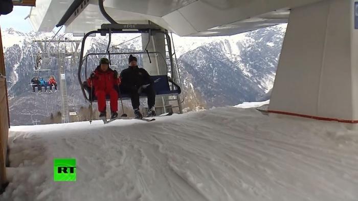 В Сочи Путин и Лукашенко в перерыве между переговорами прокатились на лыжах