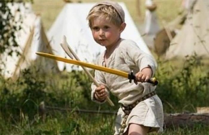 Отличия в воспитании детей и подростков касты воинов
