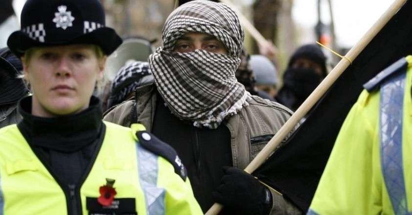 Британия очень бережно относится к своим террористам, прошедшим «закалку» в ИГИЛ