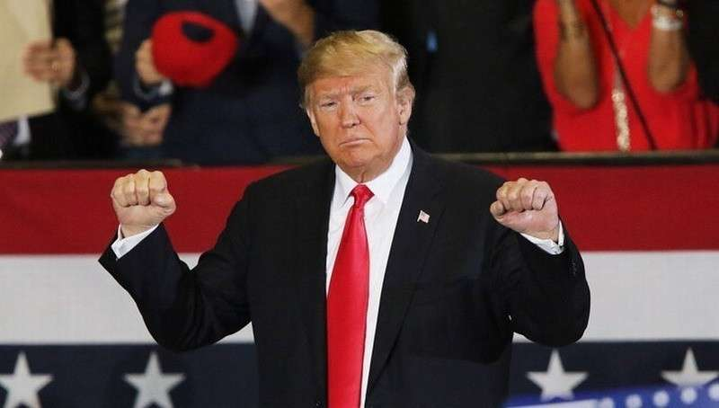 Трамп ввёл в США режим чрезвычайного положения, чтобы получить деньги для стены с Мексикой