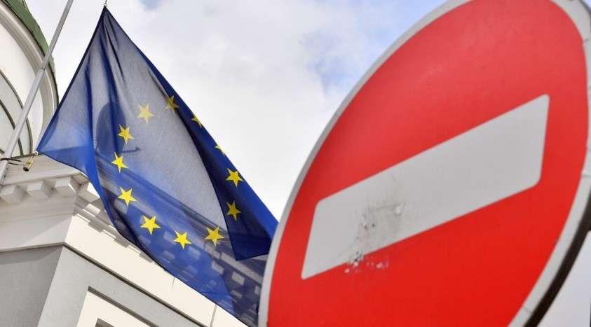 Меркель выступила против разрыва отношений между Европой и Россией: «На кону российский газ»