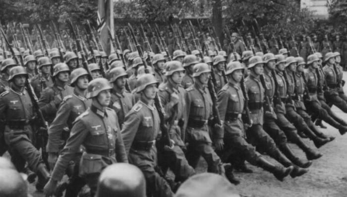 Германия до сих пор выплачивает пенсии бельгийским нацистам за личную преданность Гитлеру