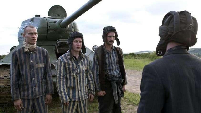 Прокатчик рассказал об аншлагах на показах фильма «Т-34» в США