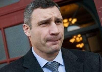 Азаров: При Кличко – бывшем охраннике криминального авторитета  – в Киев вернулась власть криминала