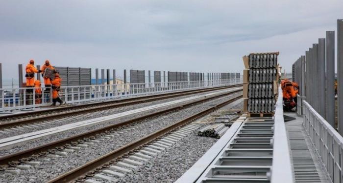 Названа точная дата запуска первого поезда по Крымскому мосту и старта продаж билетов