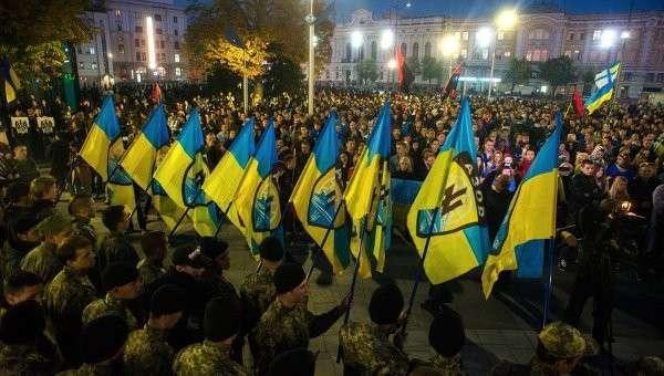 Меркель поддерживает украинских нацистов