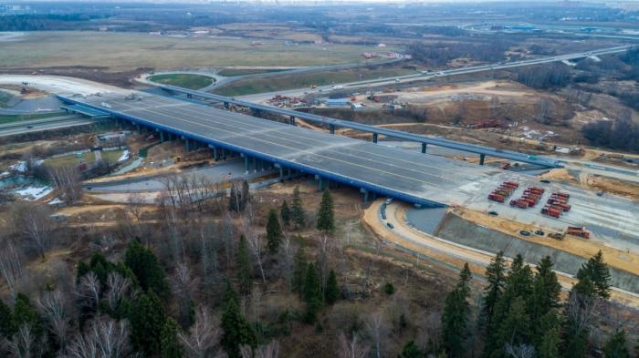 Самолетный мост вШереметьево выдержит даже 600-тонную «Мечту»