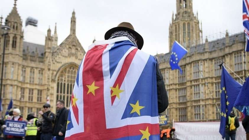 В Британии готовятся к разрушению политической системы накануне