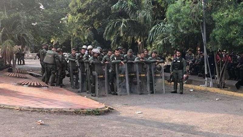Армия Венесуэлы отбила вооруженную атаку со стороны Колумбии