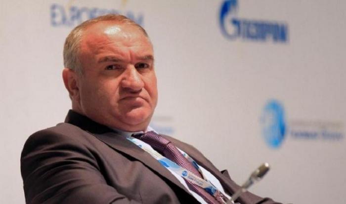 Арест Арашуковых. Что скрывается за громкими отставками в Газпроме?