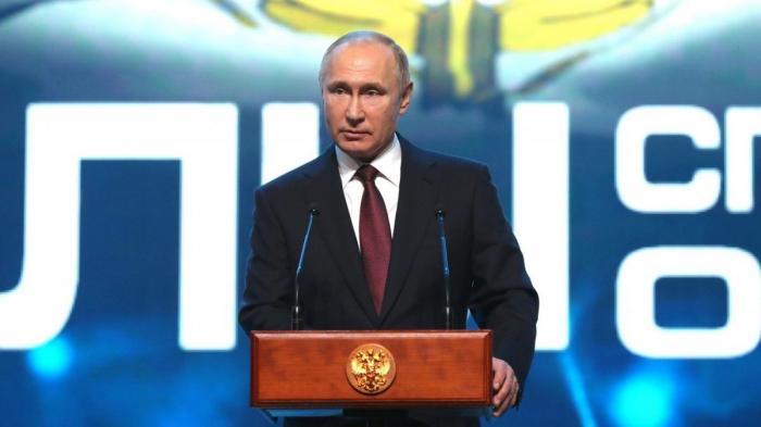 Владимир Путин выступил с речью на торжественном вечере в честь Дня Сил специальных операций