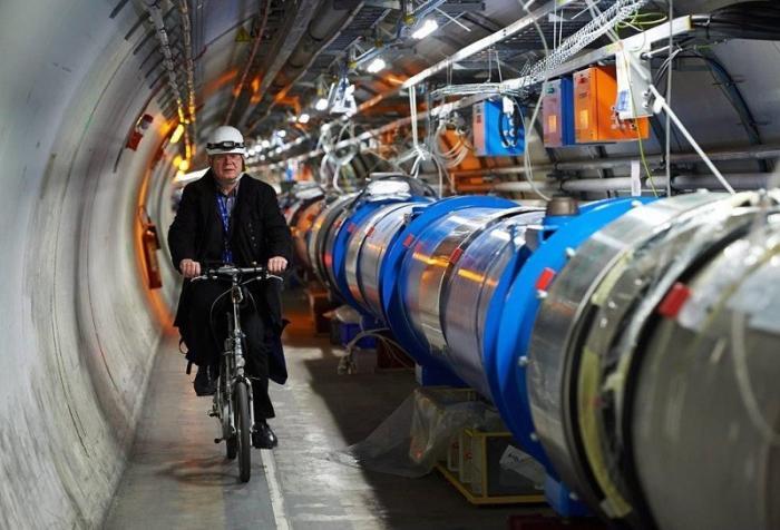 На Большом адронном коллайдере обнаружили новую частицу. Игры в науку продолжаются