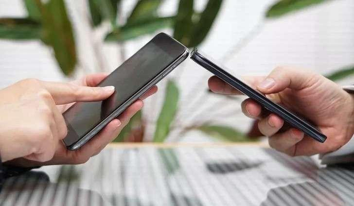 Система бесплатных переводов денег по номеру телефона заработала в РФ