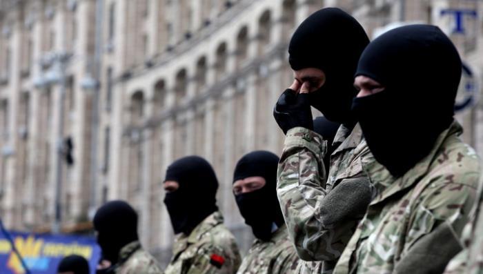 «Правый сектор» предложил пенсионерам Украины поголодать «в пользу молодых»