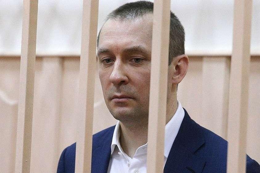 У арестованного полковника Дмитрия Захарченко обнаружены очередные миллионы