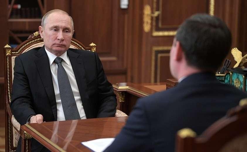 На встрече с председателем правления, генеральным директором публичного акционерного общества «Россети» Павлом Ливинским.