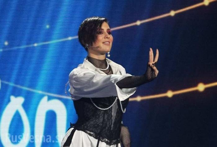 Украинская певица MARUV получила награду «Прорыв года» в России