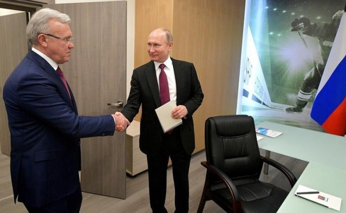 Владимир Путин провёл рабочую встречу сгубернатором Красноярского края Александром Уссом