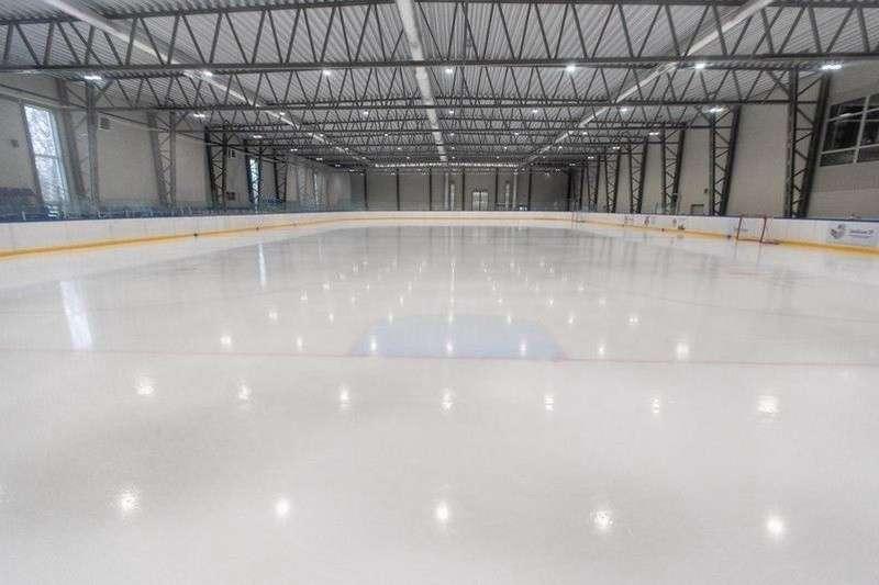 Спорткомплекс для занятий на льду открыт в Калининграде