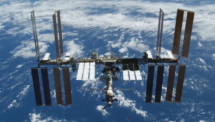 Стыковка американского корабля Dragon 2 к МКС привела к срабатыванию сигнализации