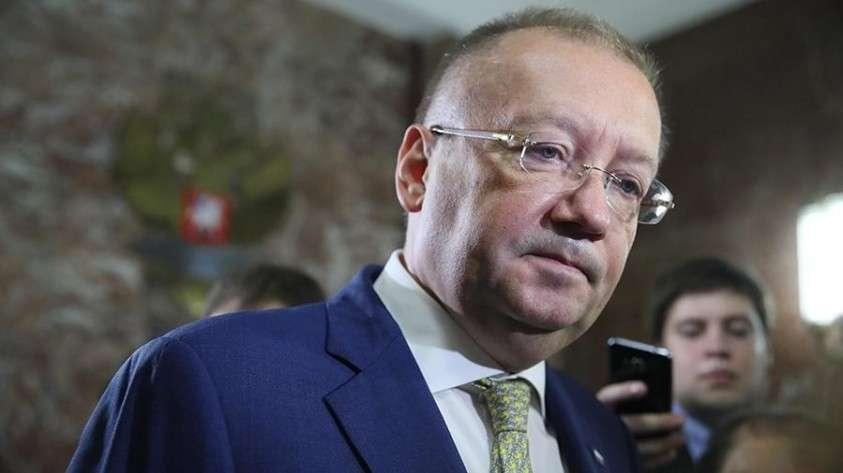 Посол России в Англии Александр Яковенко потребовал от британской газеты извинений за клевету