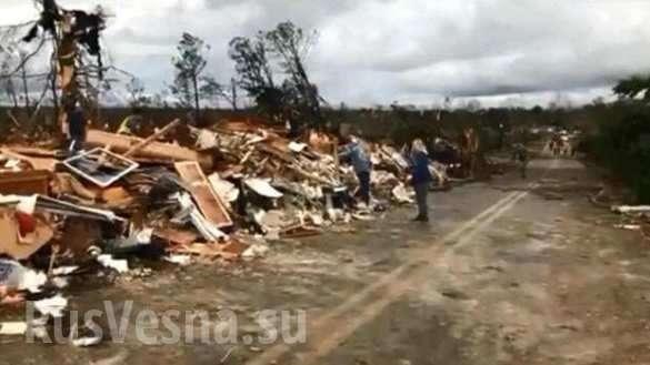 Торнадо в США: в штате Алабама дома лежат в руинах, есть погибшие | Русская весна