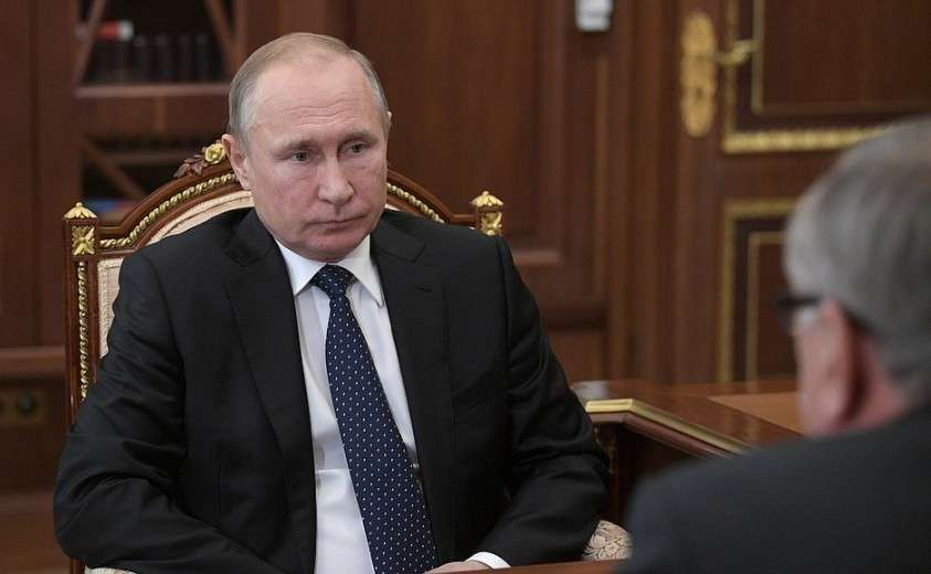 В ходе встречи с президентом – председателем правления Банка ВТБ Андреем Костиным.