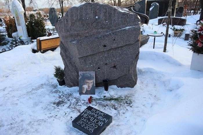 На могиле Немцова. Продолжение размышлений