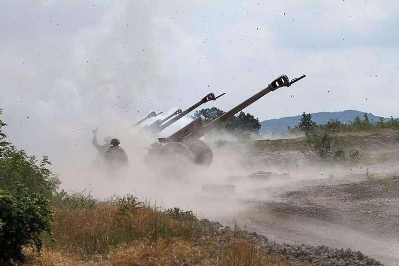 Индия и Пакистан обменялись артиллерийскими ударами