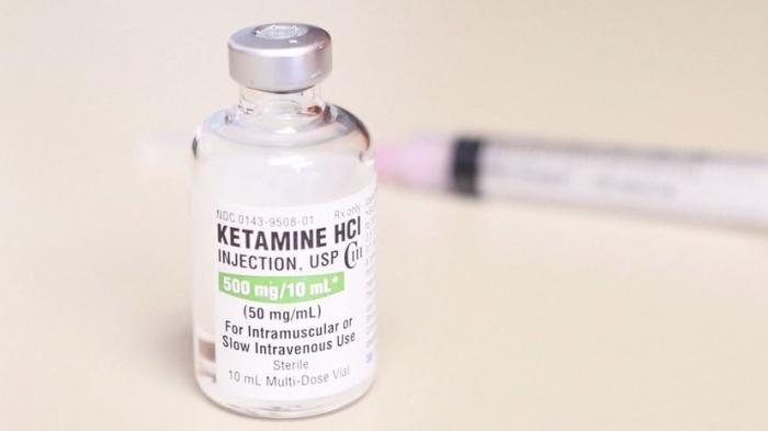 Власти США разрешили врачам «лечить депрессию» наркотиками
