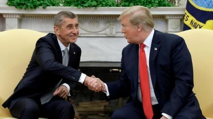 Трамп предложил обложить европейских вассалов США данью в 150%
