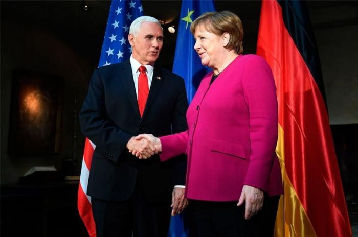 Франция и Германия отказались воевать с Россией под дудочку США