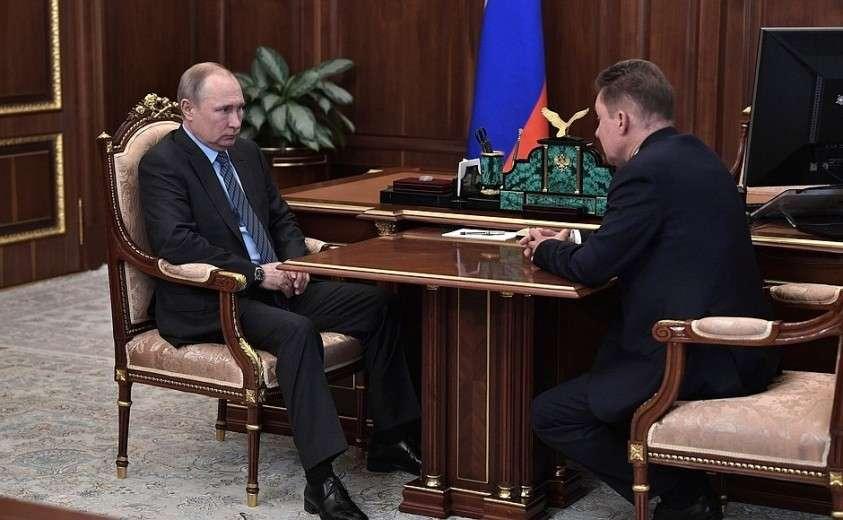 С главой компании «Газпром» Алексеем Миллером.