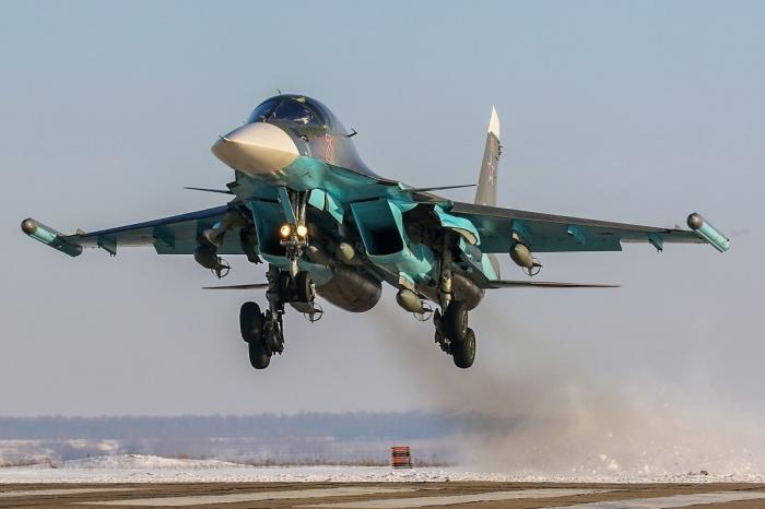 7 истребителей-бомбардировщиков Су-34 поступили вЦВО