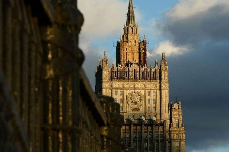 МИД России призвала Лондон дать четкие ответы об отравлении Скрипалей