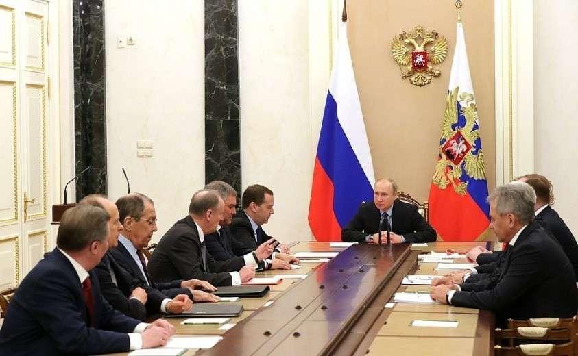 Владимир Путин провёл оперативное совещание с постоянными членами Совета Безопасности 13.03.2019