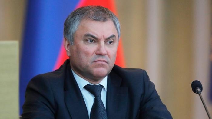 Госдума РФ идёт на явное обострение отношений с правительством. С чем это связано?