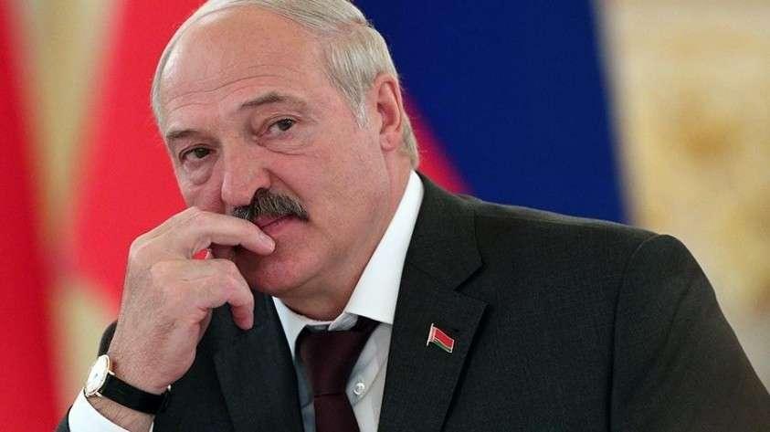 Переговоры с Россией для Лукашенко  – ширма для ухода на Запад.