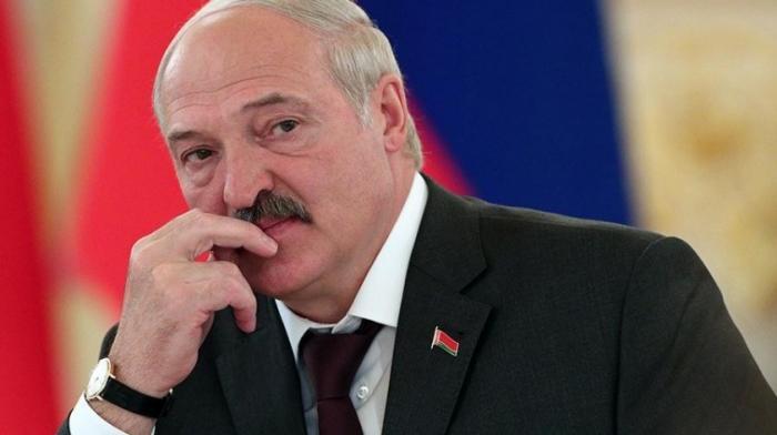 Для Лукашенко переговоры с Россией – это ширма для ухода на Запад