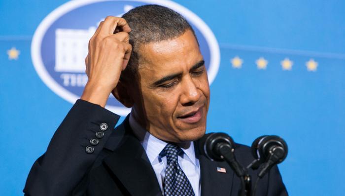 Банк заподозрил Барака Обаму в мошенничестве с кредитной картой