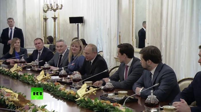 Владимир Путин проводит встречу с победителями конкурса «Лидеры России». Прямая трансляция