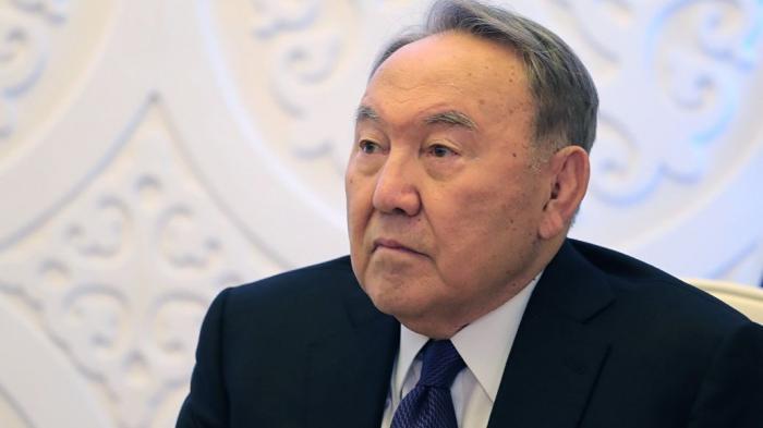 Назарбаев устал и ушёл в отставку