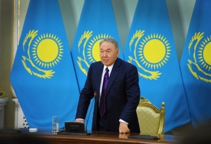 Транзит власти в Казахстане начался. Что означает уход Назарбаева?