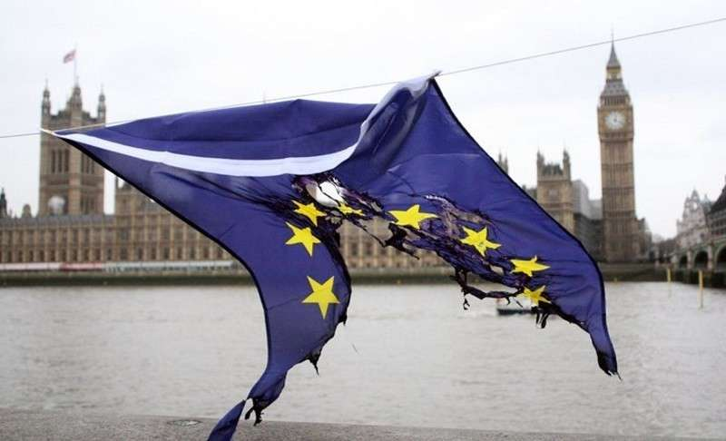 Евросоюз распадается, превращаясь в группу химер