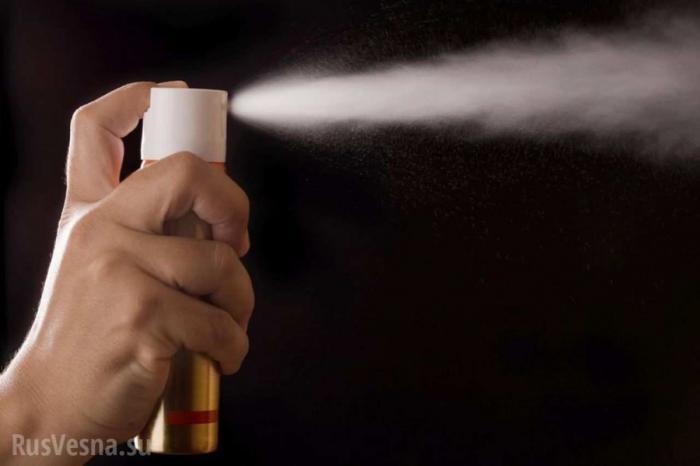 Водитель брызнул «АТОшнику» газом в лицо со словами: понимаю, почему Донбасс бунтует