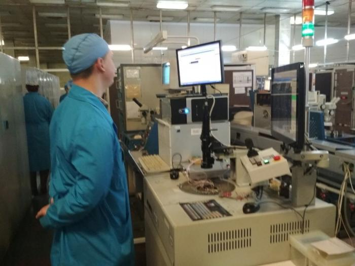 Брянск. Запущено производство транзисторов имикросхем для смартфонов иноутбуков